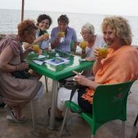 Centnario, våra värdinnors favortbar vid havet. Vilka drömlägen det finns här, längs den till stora delar oexploaterade stranden.